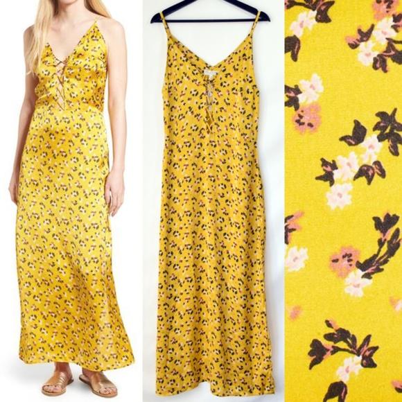 Love Like Summer Dresses & Skirts - NWT Love Like Summer Billabong Floral Satin Dress